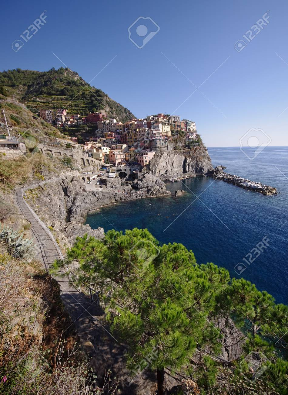 Manarola village, Cinque Terre, Italy Stock Photo - 17081396