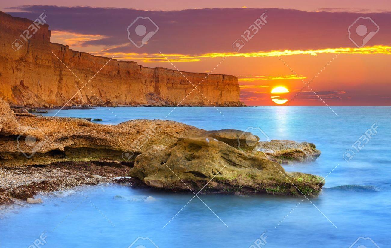 Beautiful summer seascape. Sunrise - 19675016
