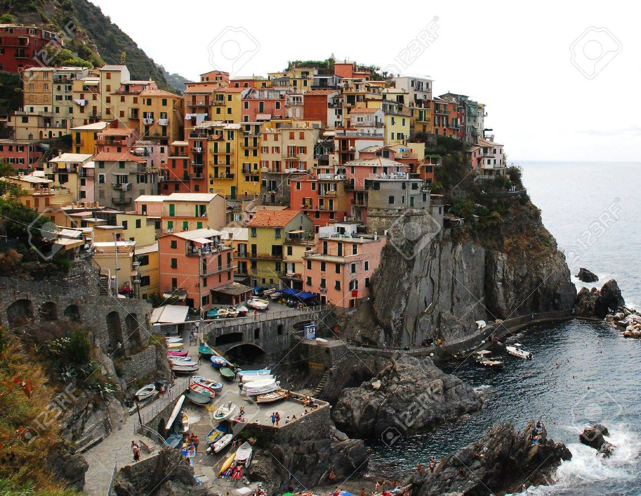 Manarola, one of the towns of the Cinque Terre in Liguria, Italy, which are perched precariously on the steep coast Stock Photo - 3791369