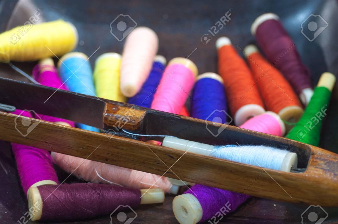 Métier à tisser 6 Anciennes canette fil de soie pour navettes