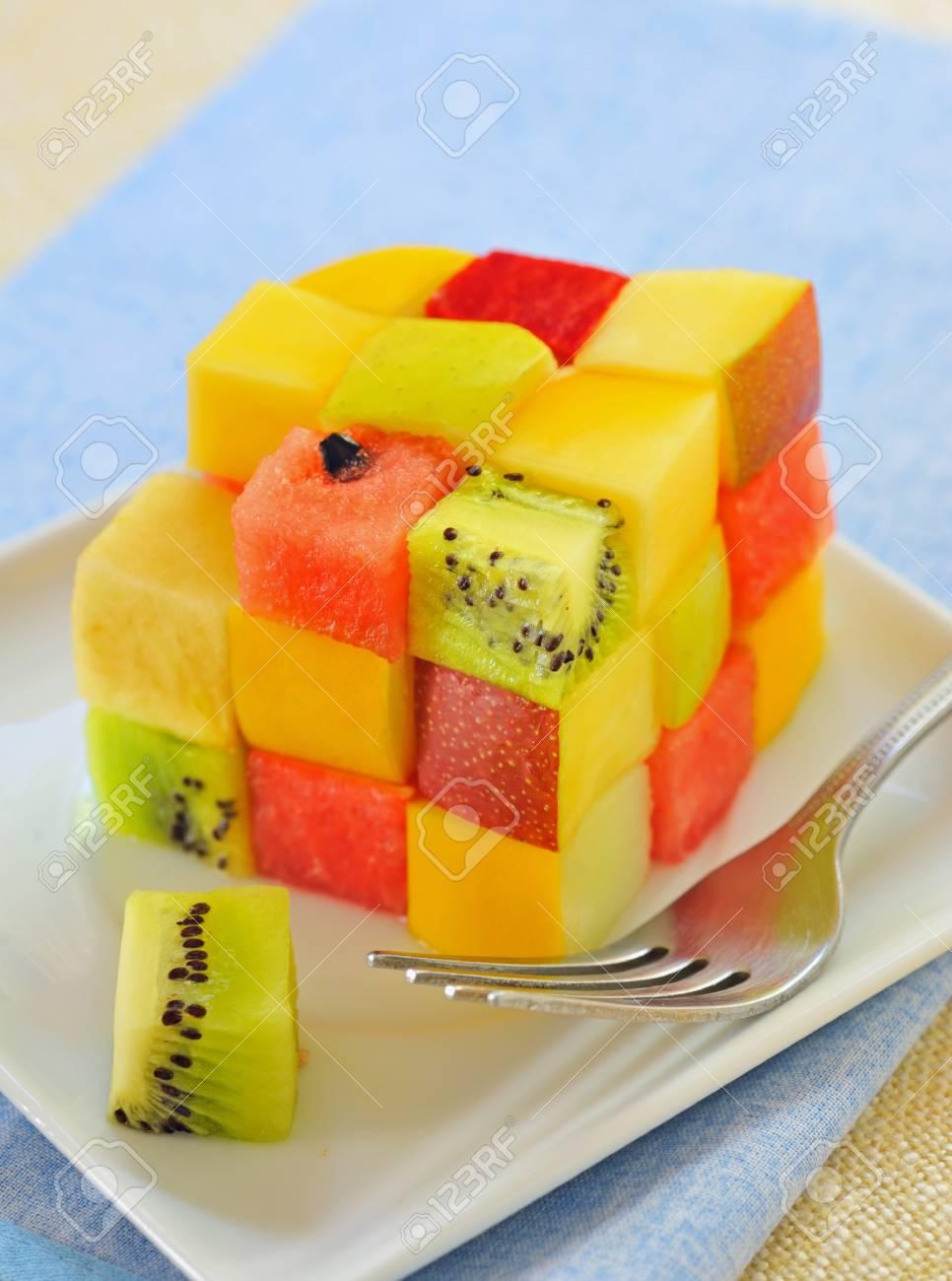 cube fruits salad Stock Photo - 16475256