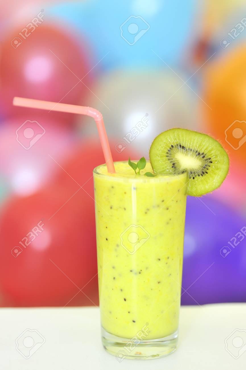 fresh juice made from kiwi fruit Stock Photo - 16480595