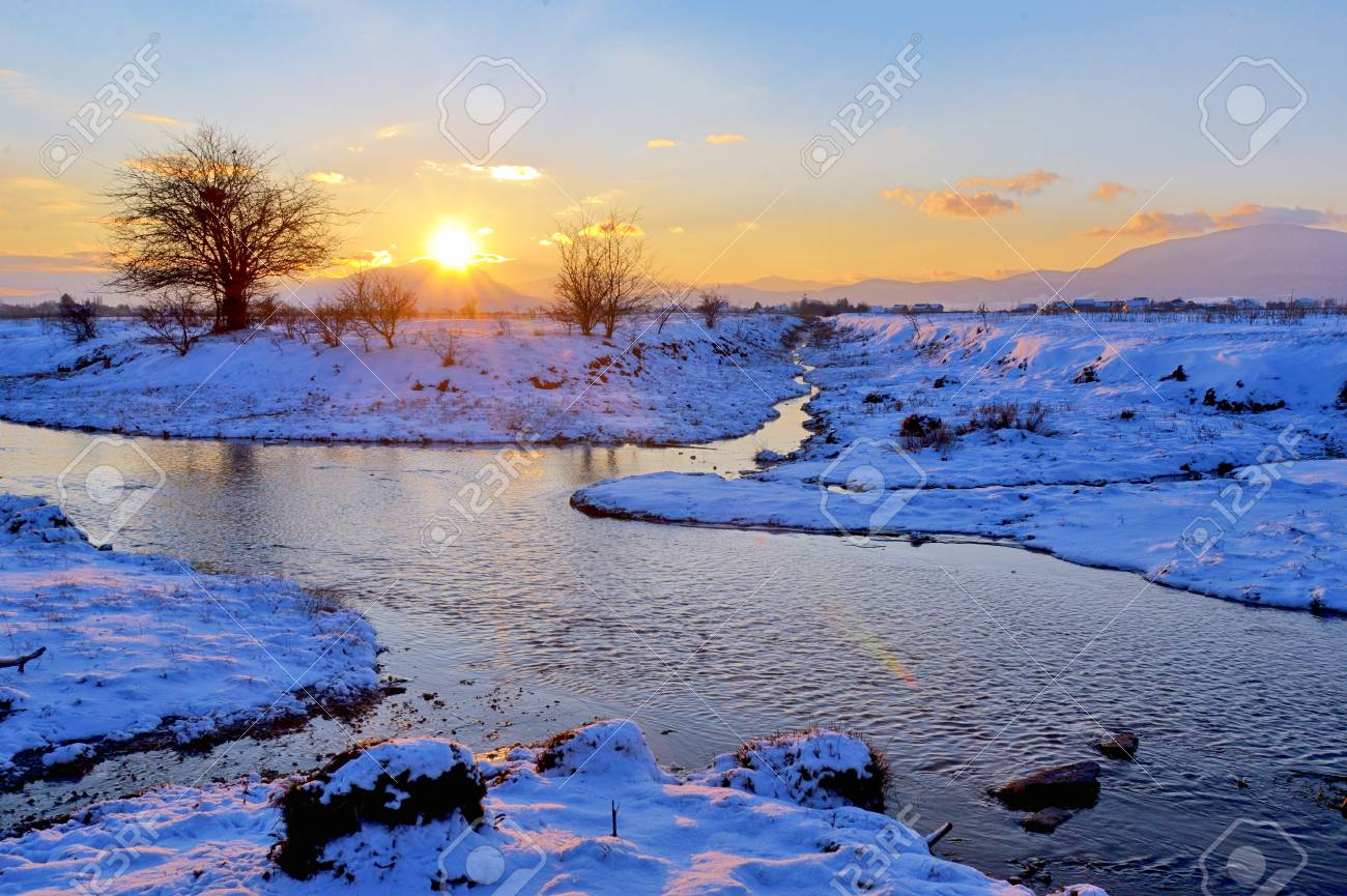 winter landscape at sunset Stock Photo - 23812638