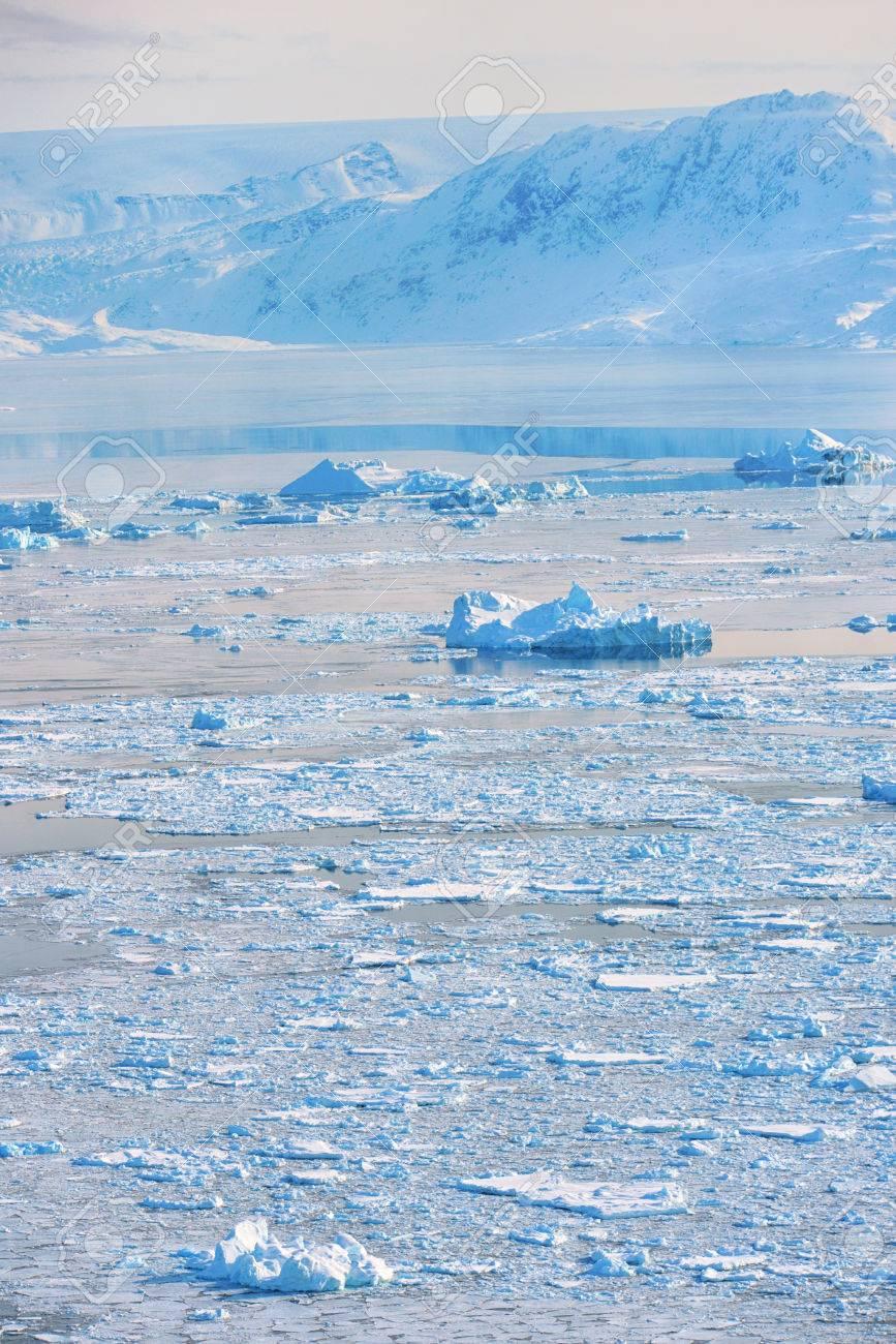 iceberg in spring time in greenland Stock Photo - 25056772