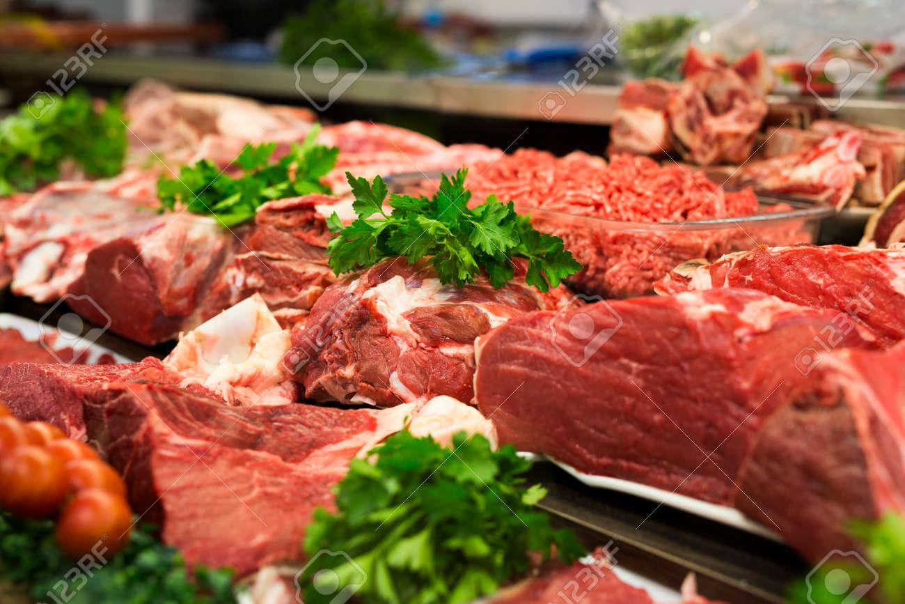 Meat showcase in a butchery - 152002049