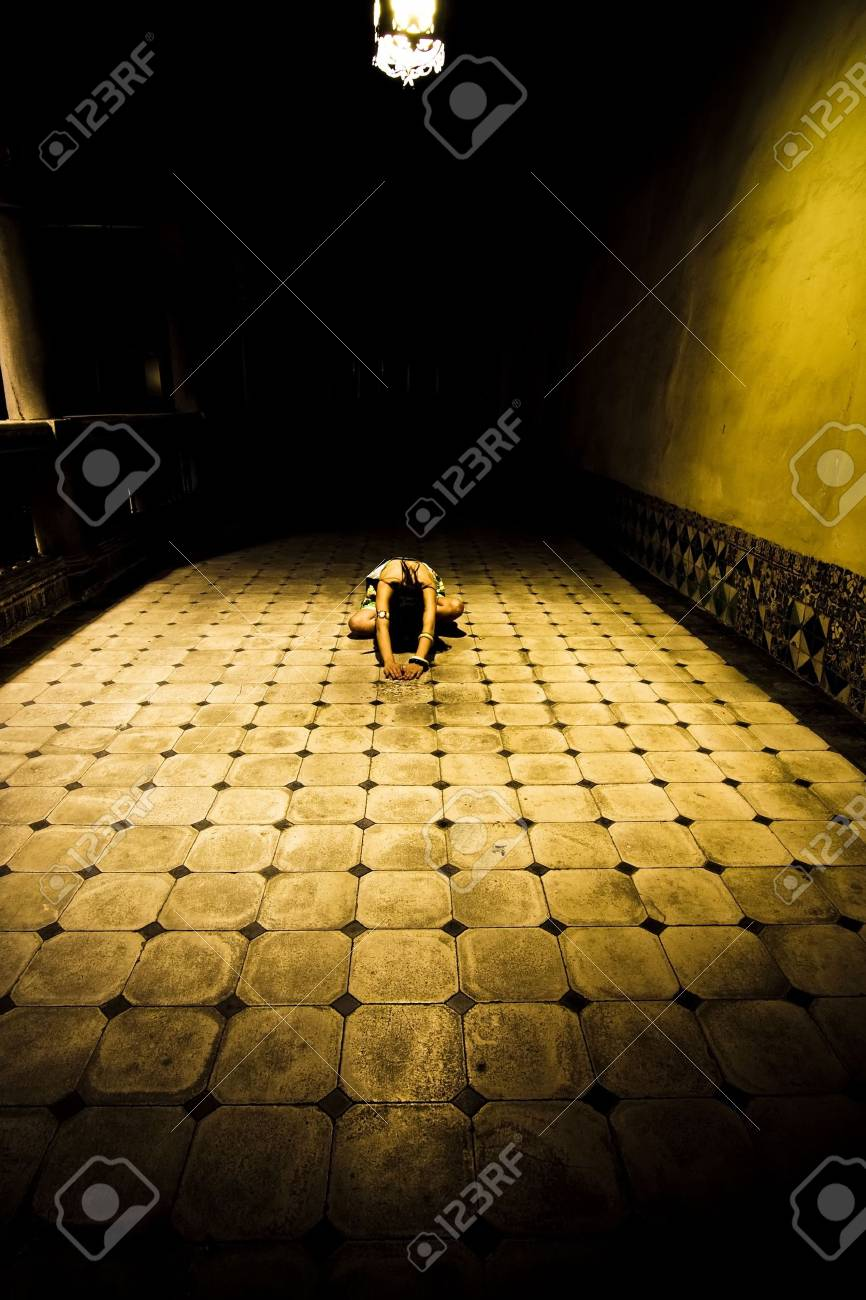 Young woman in white drees on the floor Stock Photo - 3433007