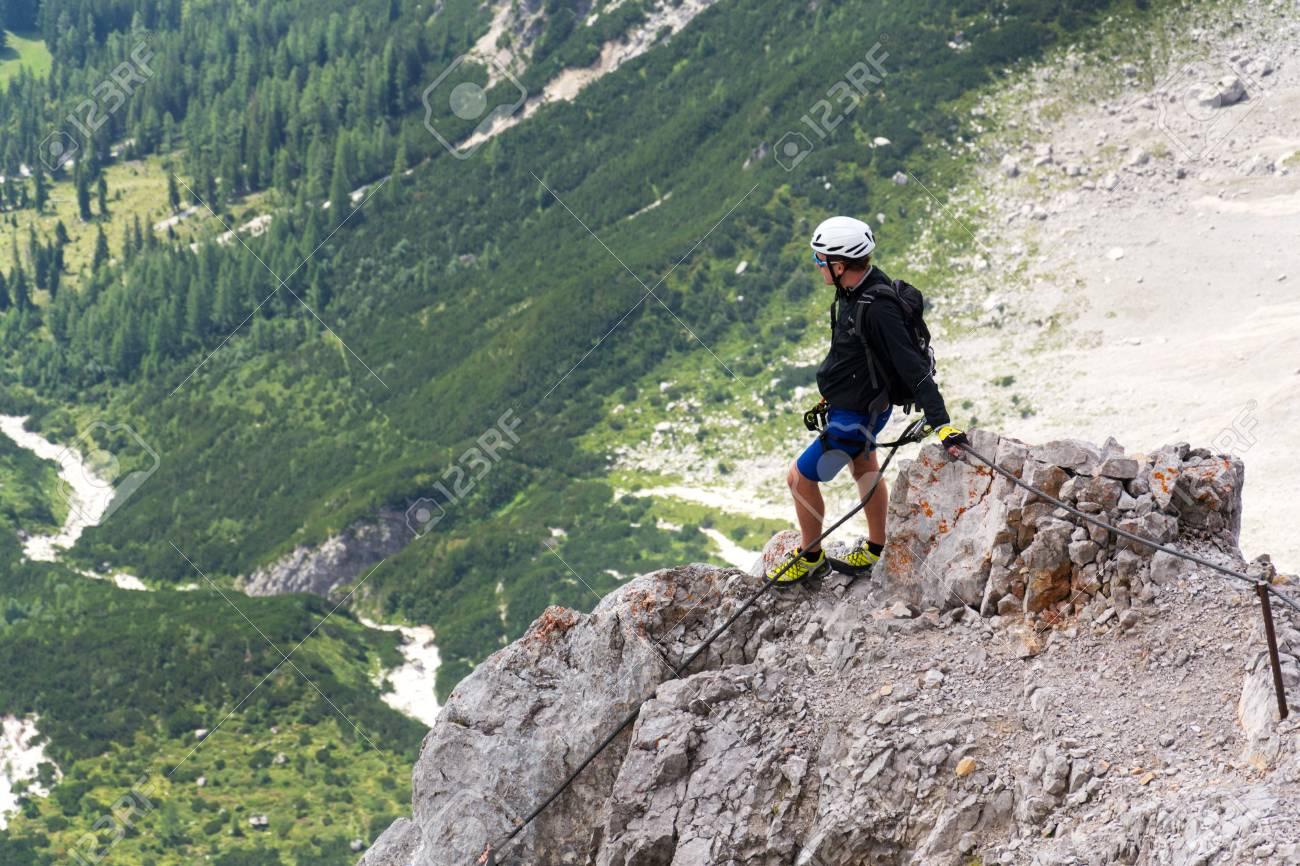 Klettersteig Ramsau : Ramsau am dachstein Österreich 17. august: leute die auf