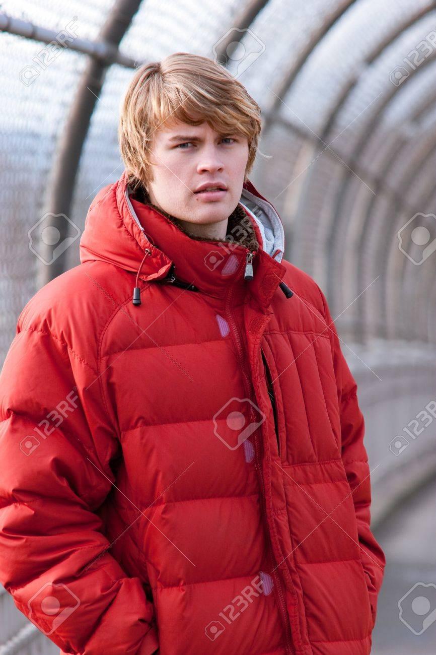 Bridge Red Coat | Down Coat