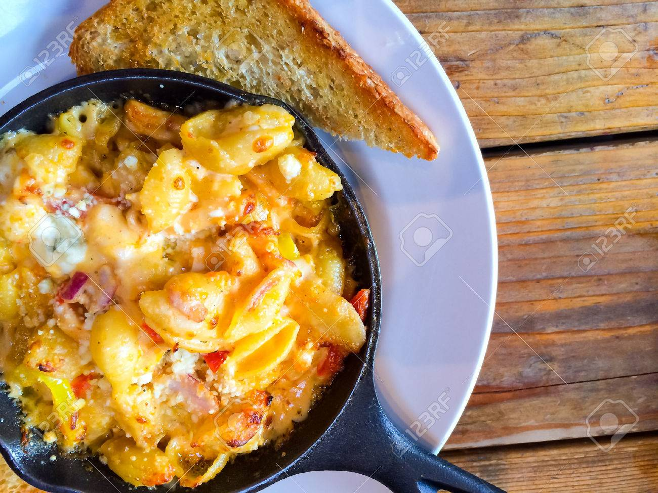 Fancy Restaurant Serves Baked Mac And Cheese In A Hot Skillet With A Side Of Texas