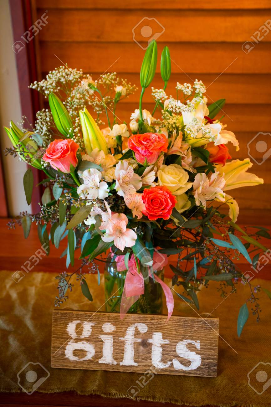 Gift Table Decorations At This Classy Wedding Ceremony And Reception