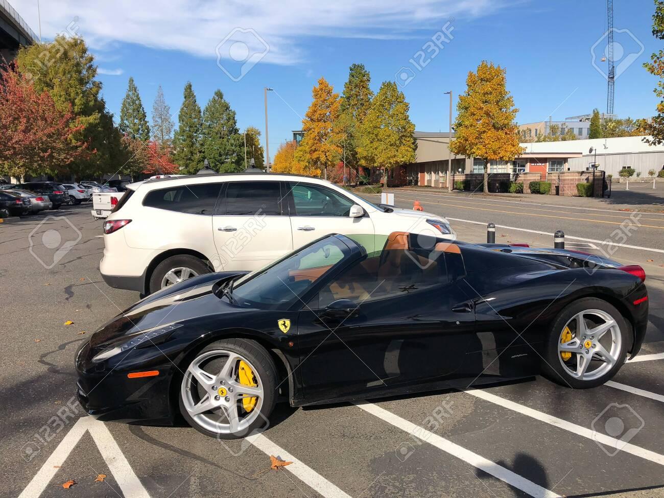 Ferrari Portland Oregon Lizenzfreie Fotos Bilder Und Stock Fotografie Image 117650547