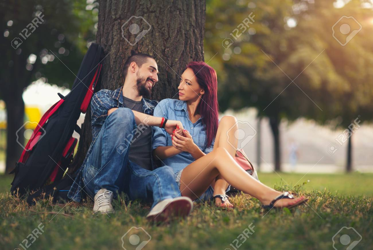sitting in a tree dating