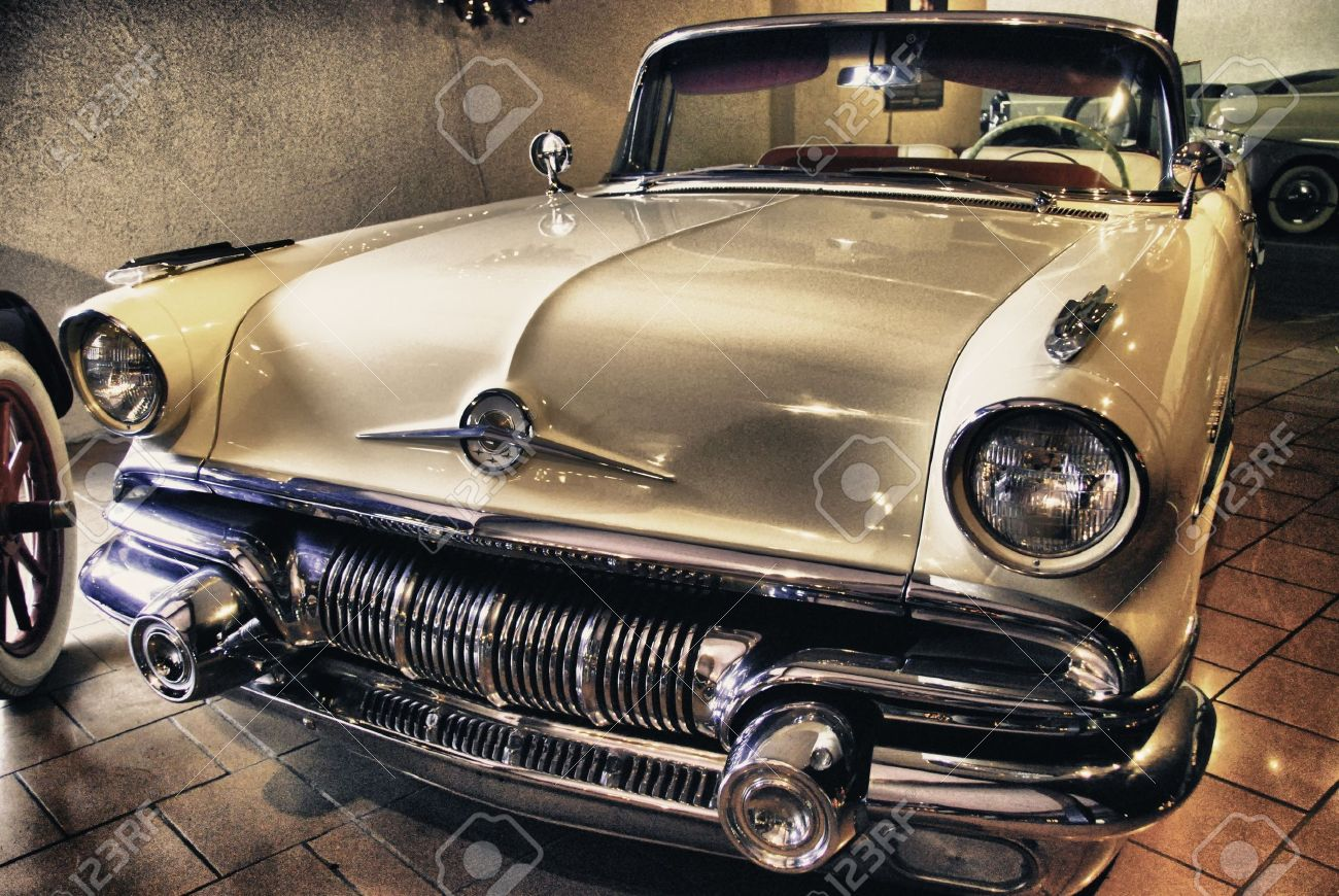 Old Car Inside A Museum, U.S.A. Stock Photo, Picture And Royalty ...