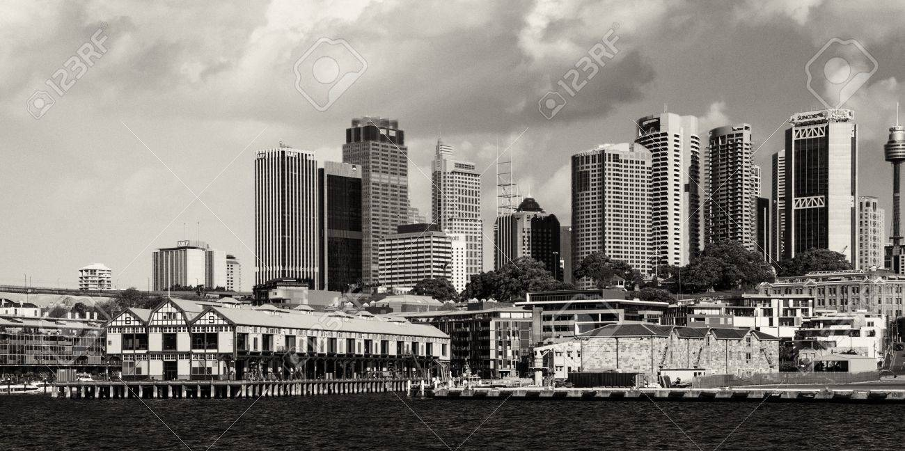 SYDNEY - AUGUST 13: Sydney Harbour Buildings view on August 13, 2010 in Sydney, Australia. The harbour is an inlet of the South Pacific Ocean and it is considered to be one of the world's finest harbours Stock Photo - 15293807