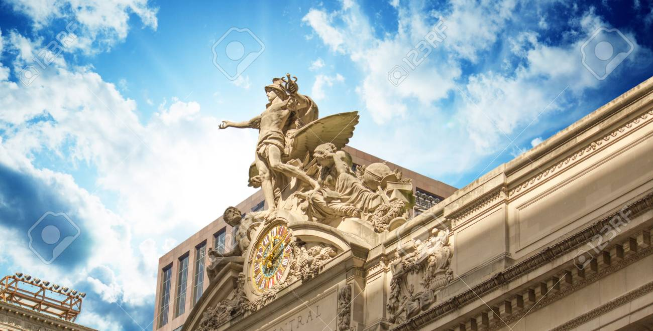 Grand Central Station Exterior view in New York City, USA Stock Photo - 17120447