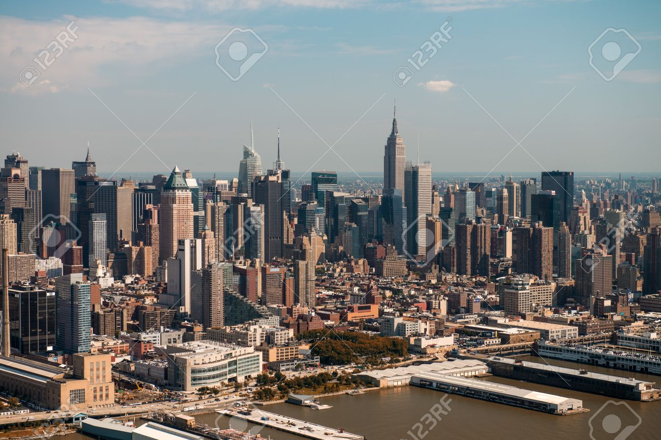 Manhattan, New York City. Aerial View Of Hell\'s Kitchen Area ...
