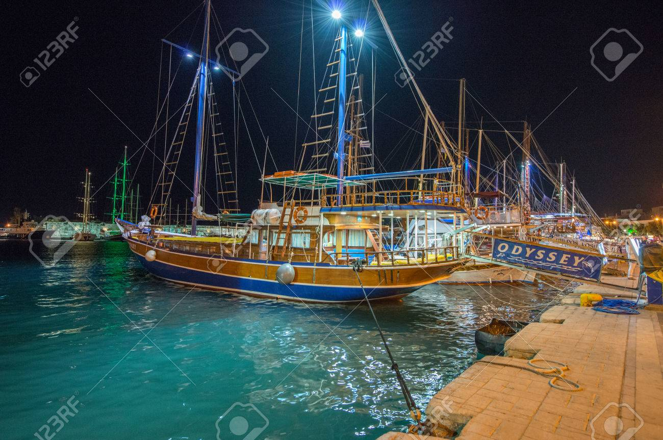 Gallery images and information kos greece nightlife - Kos Greece June 7 2014 Typical Wooden Daily Boats Trip In The