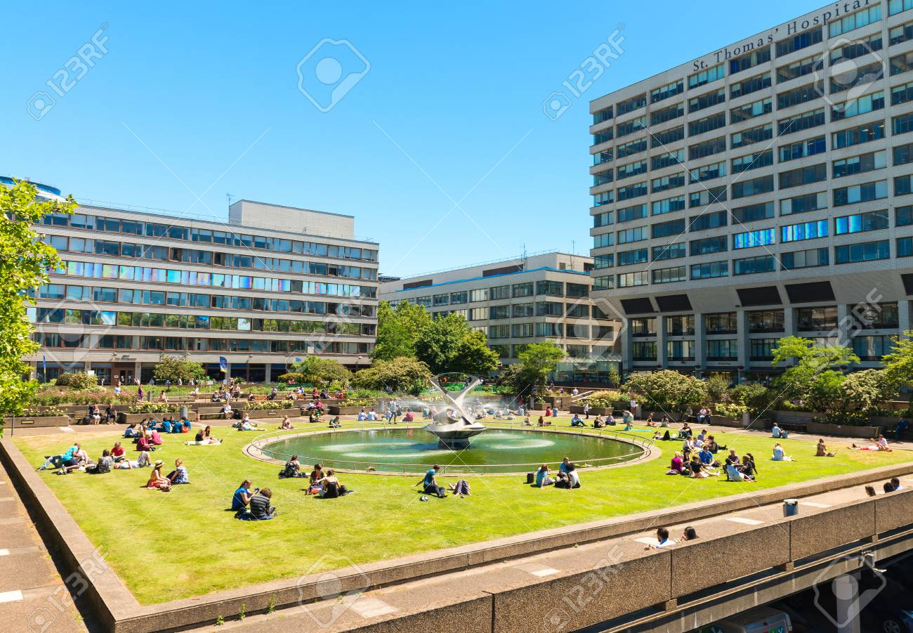 London Uk June 11 2015 A View Of The Historic St Thomas Stock Photo Picture And Royalty Free Image Image 49014867