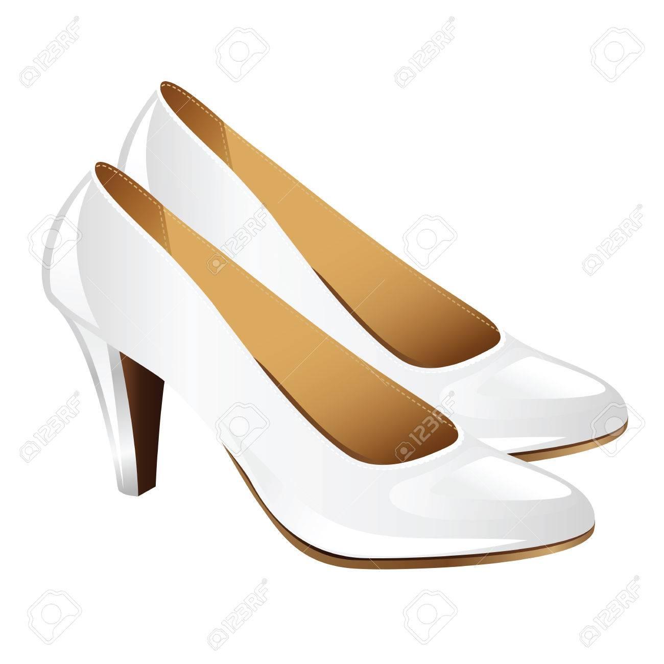 Zapatos de la mujer de la obra clásica sobre el talón del hight. Zapatos de tacón blancos aislados sobre fondo blanco. Elegantes zapatos blancos para