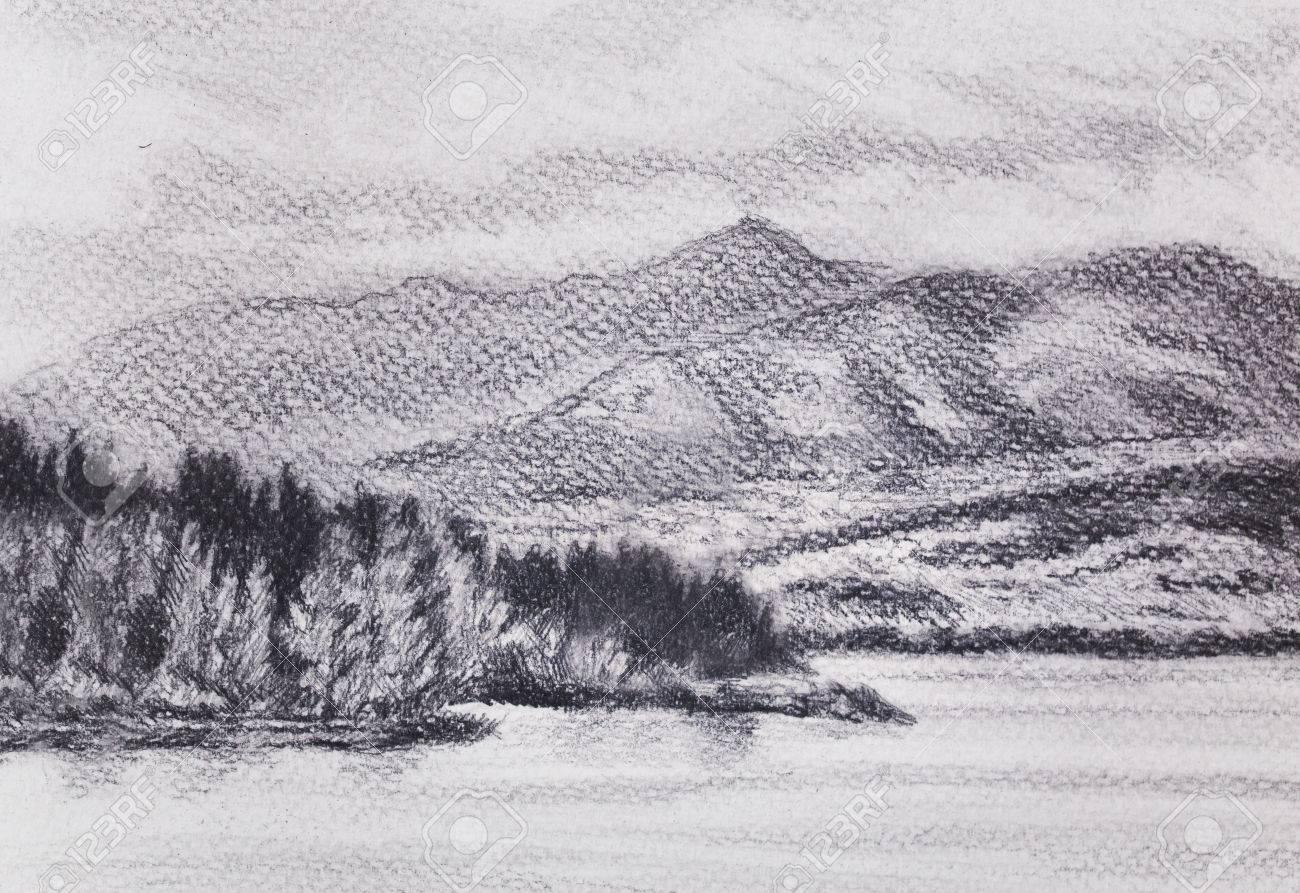 Paesaggio Di Lanscape Con Lago E Montagne Disegno A Matita Foto