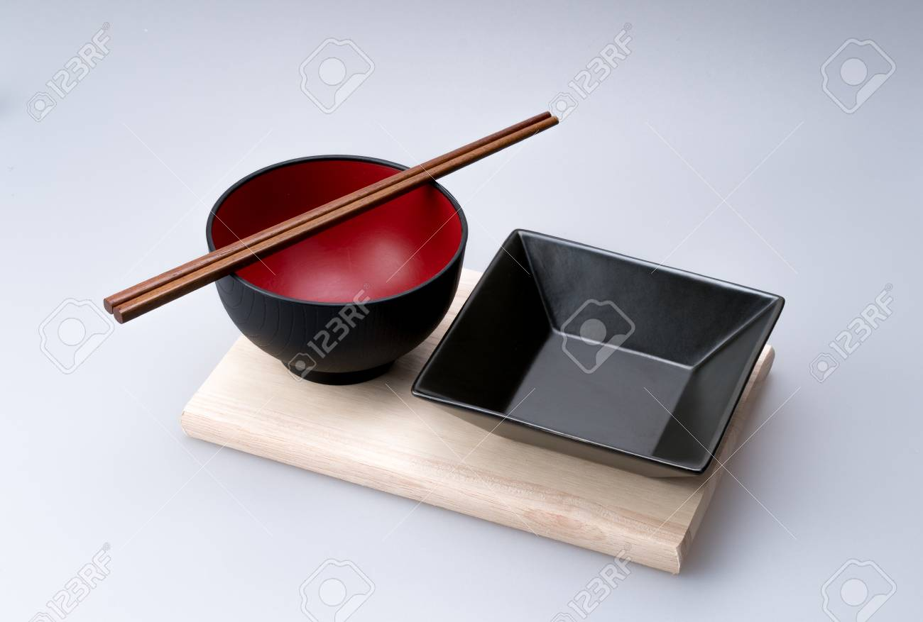 Essstabchen Platziert Auf Einer Chinesischen Schussel Mit Teller Set