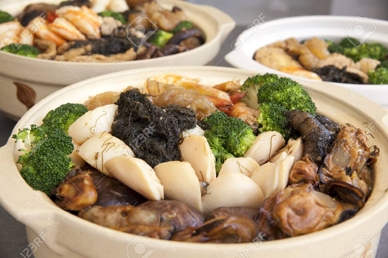 Poon Choi Hong Kong Cantonese Cuisine Big Feast Bowls With Seafood ...