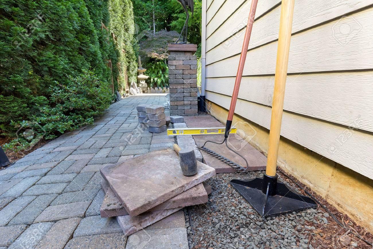 Pavés et dalles pour la cour de côté patio hardscape pour le sable maillet  outils jardin paysager en caoutchouc gravier niveau autoprotection rake ...