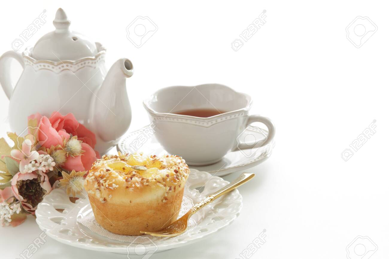 Homemade sweet apple Bun on dish - 140593887