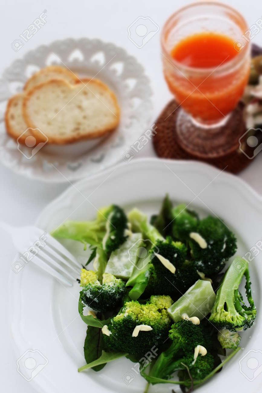 boiled broccoli and mayonnaise salad - 170232823