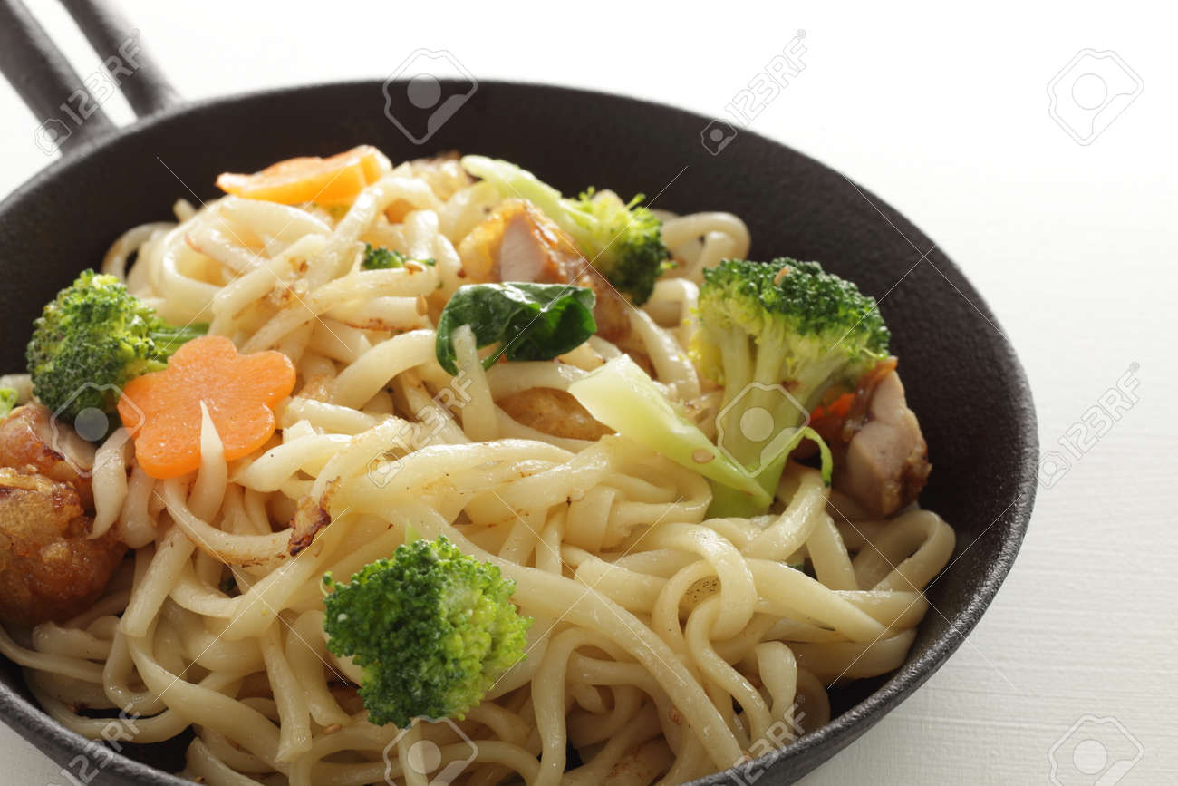 Chinese food, chicken and vegetable fried noodles - 169820063