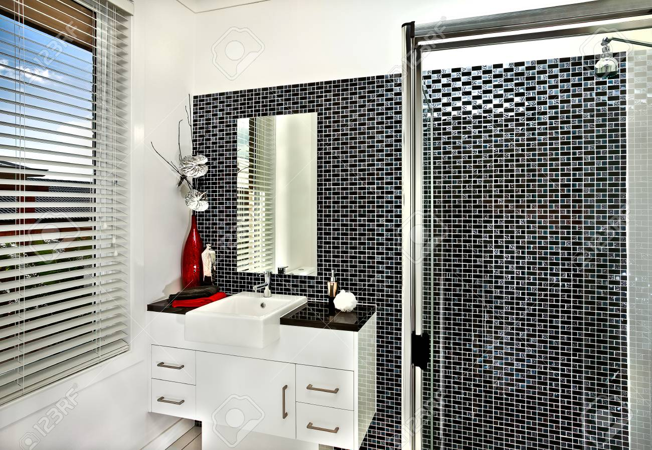 Washroom Wande Sind Meist Weiss Und Kann Ein Schwarzes Farbmuster An