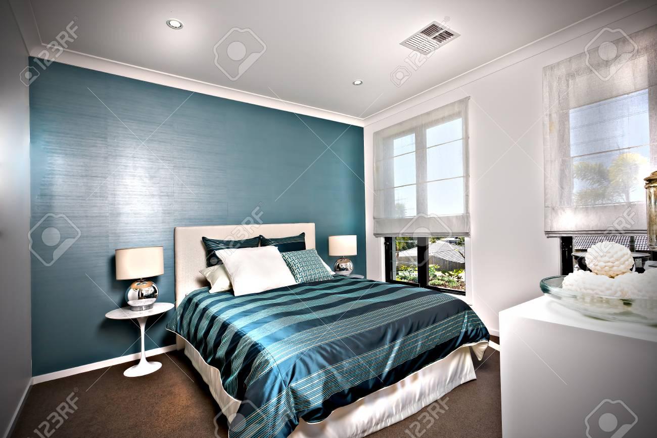 Camera Da Letto Parete Turchese : Camera da letto pareti camera con pareti e arredo bianchi with