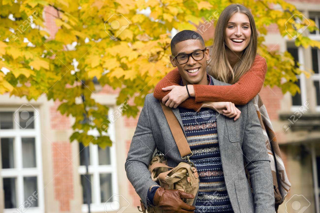 Dating on college campus