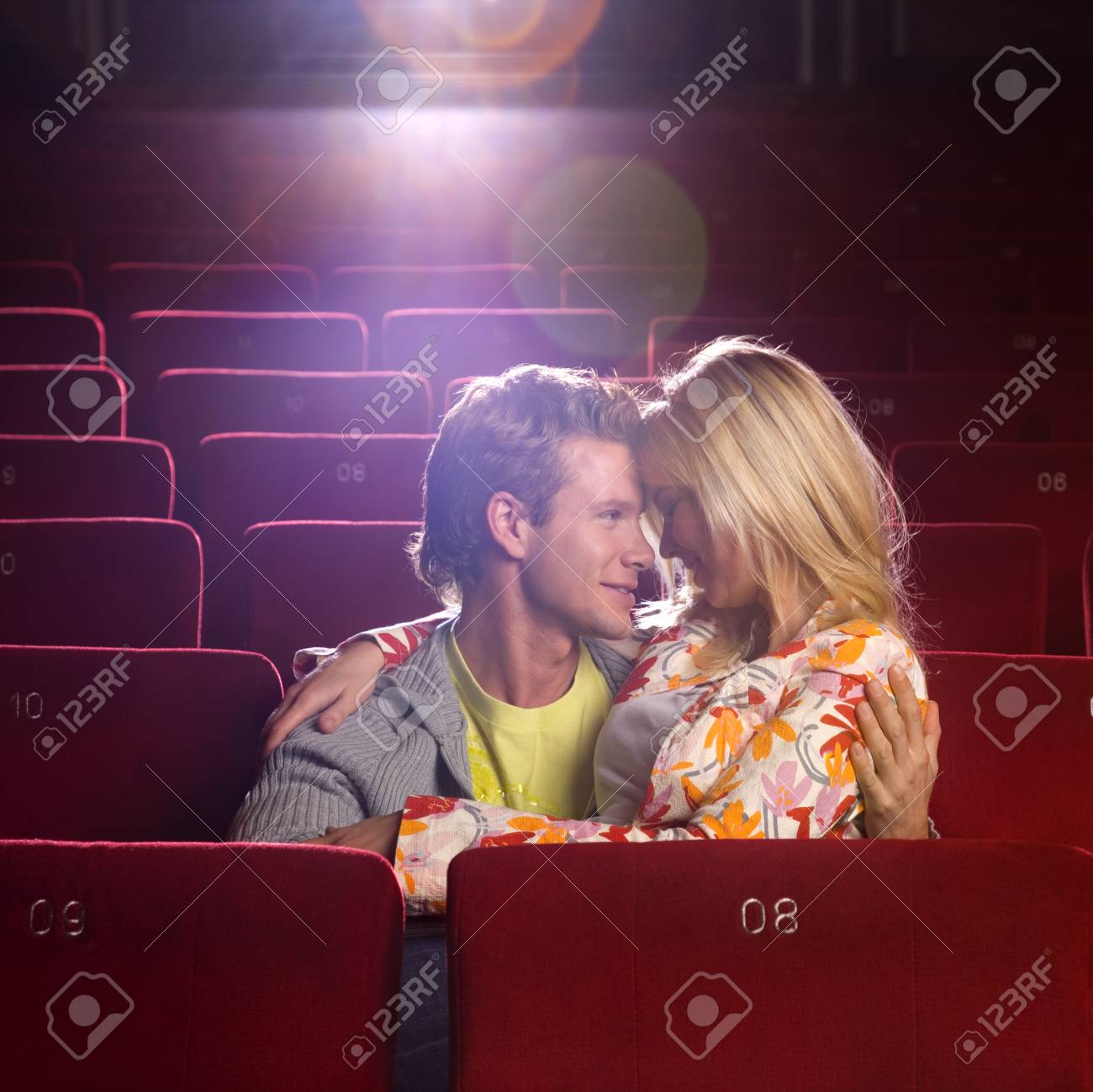 how to kiss a girl in a movie theater