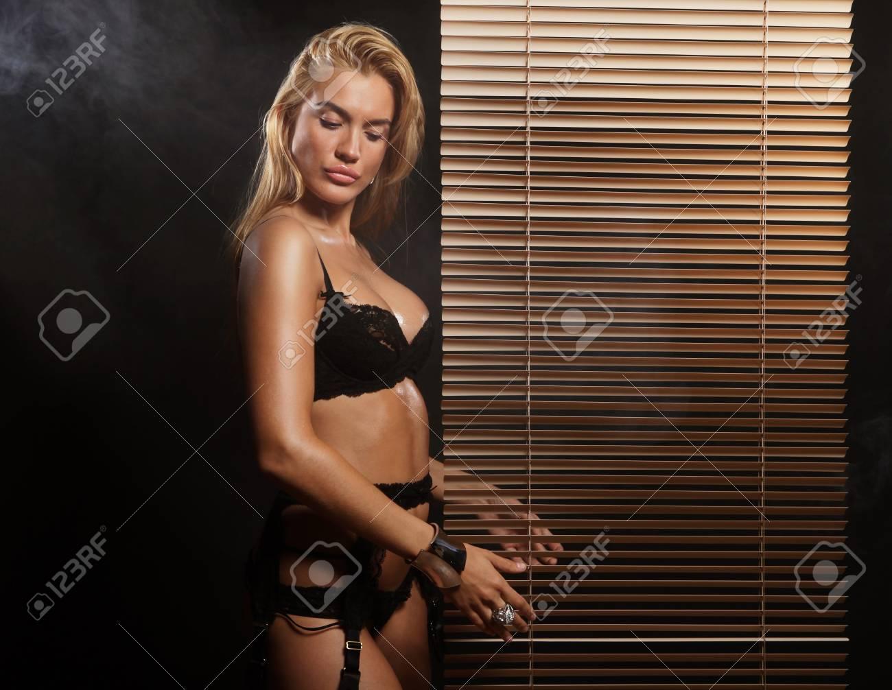 Sexy striptease Sexy Striptease