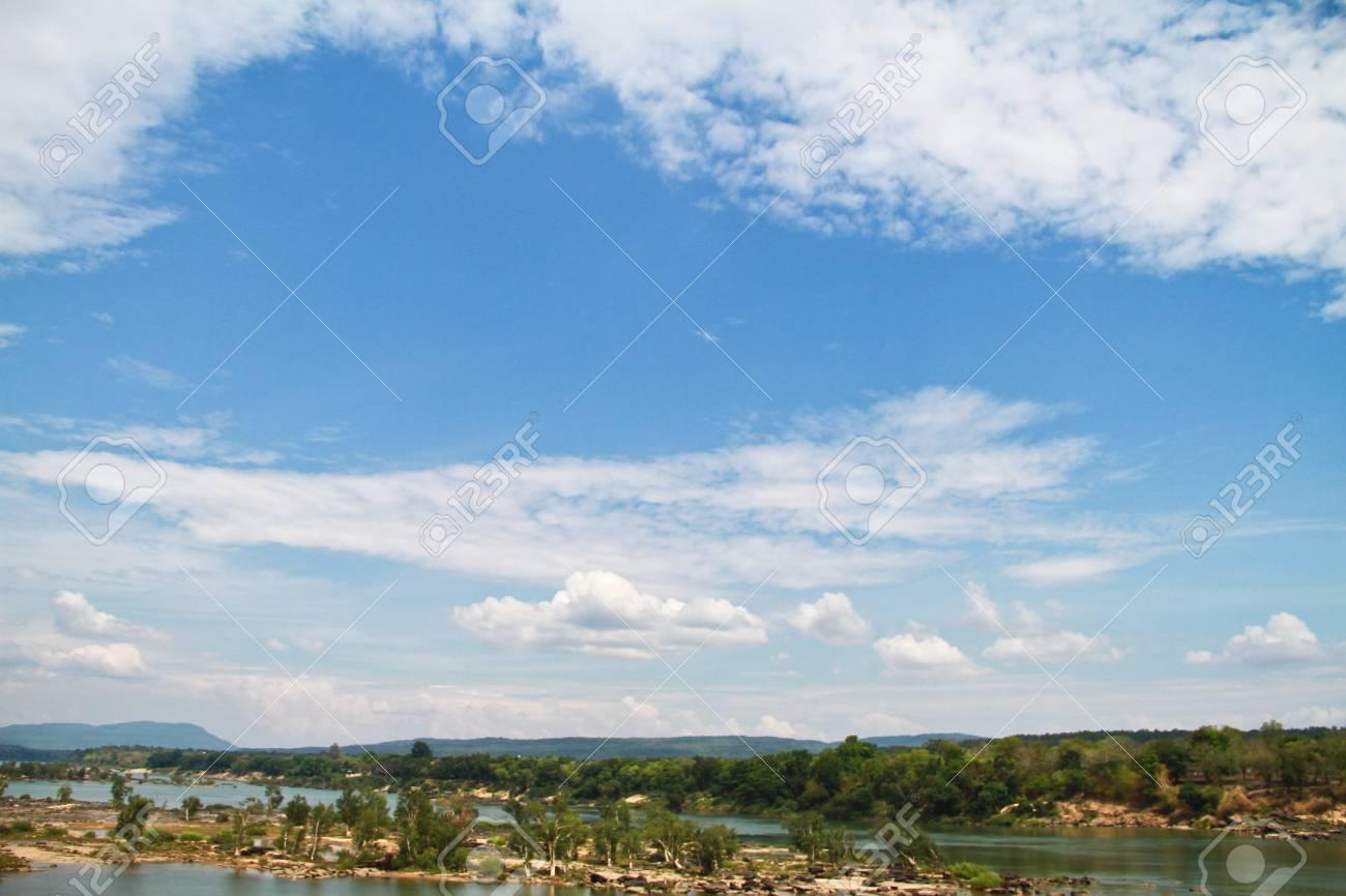 Two colour river Stock Photo - 14448486