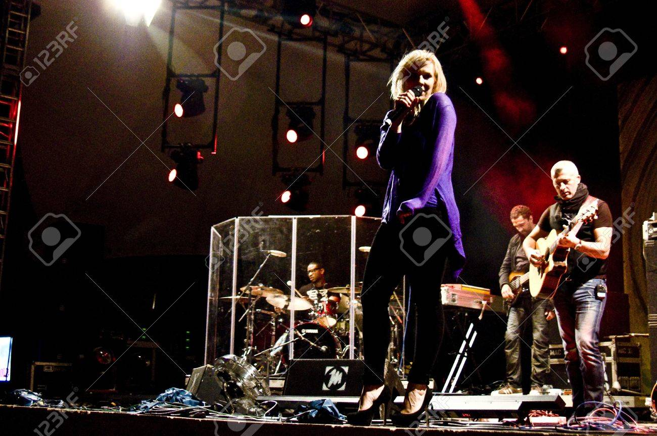 HALLE, GERMANY - AUGUST 27: Natasha Bedingfield performs with her band at the 75th Laternenfest on August 27, 2011 in Halle, Germany. Stock Photo - 10404428