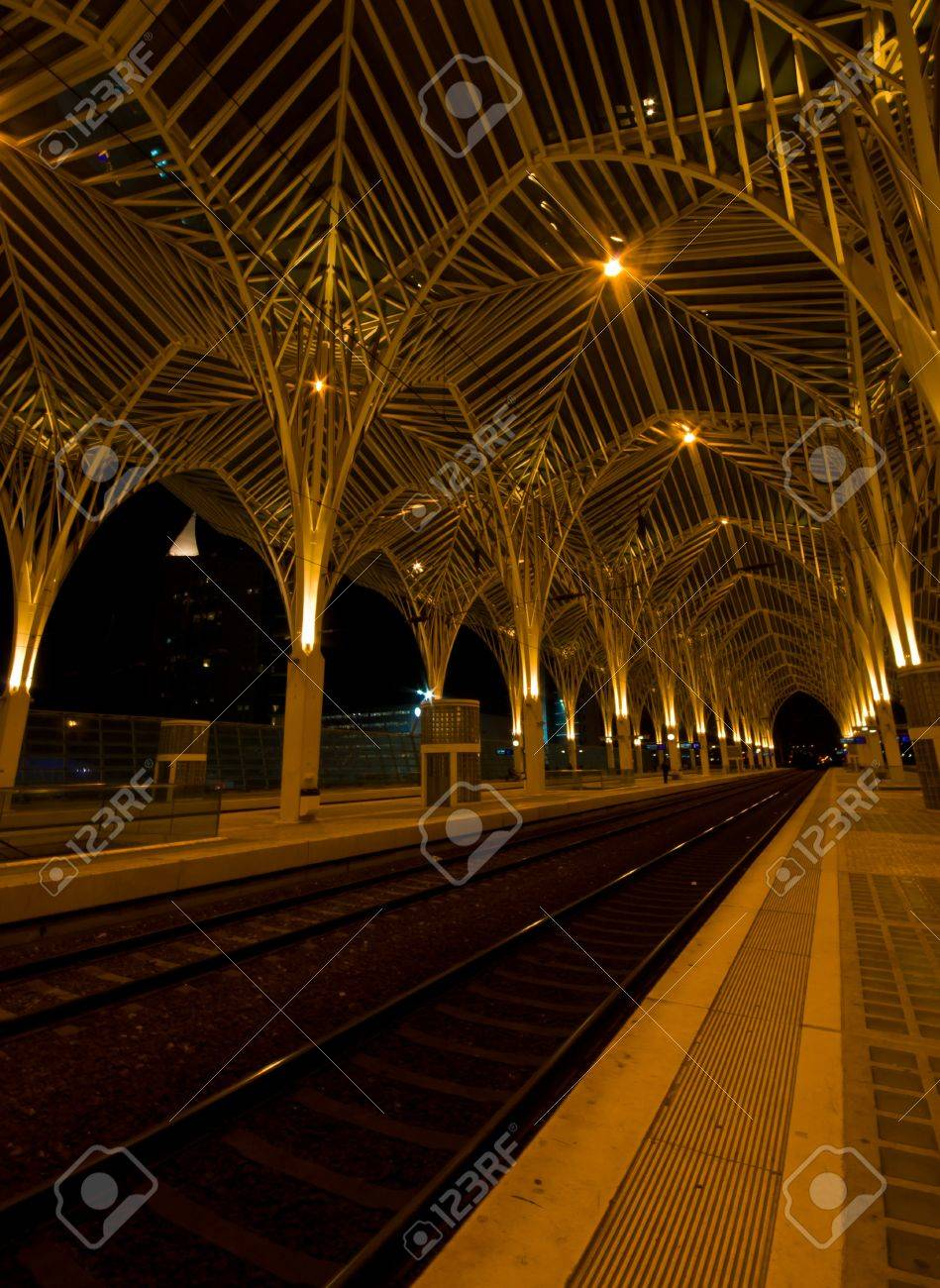 modern railway station Oriente at the expo park in Lisbon at night Stock Photo - 13386678