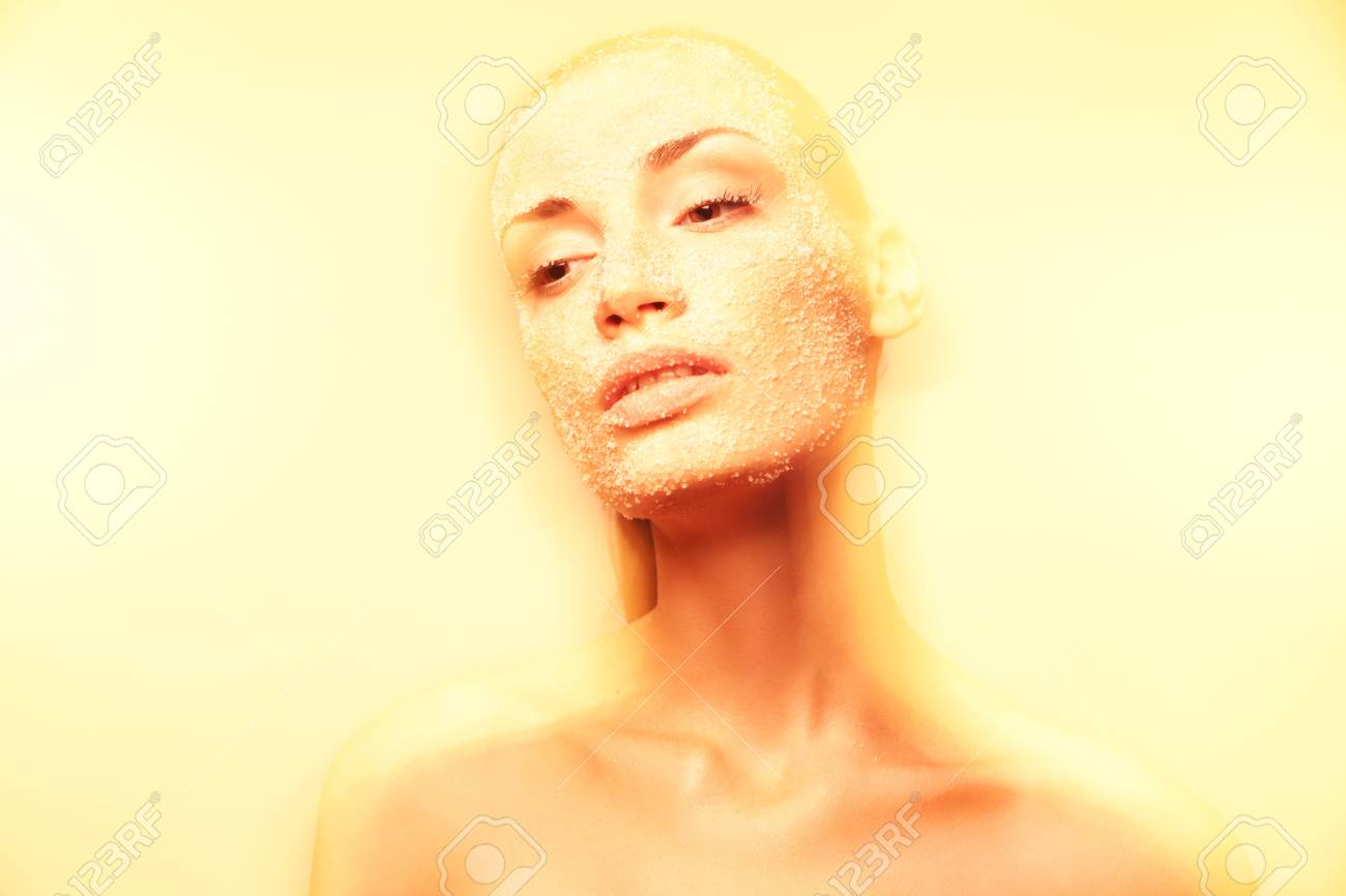 Luxurious mystical young woman with creative golden makeup gracefully posing Stock Photo - 14745425