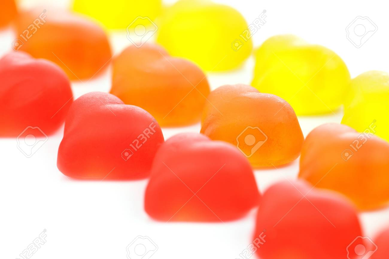 Gummy Hearts in diagonal lines, isolated on white. Stock Photo - 5681543