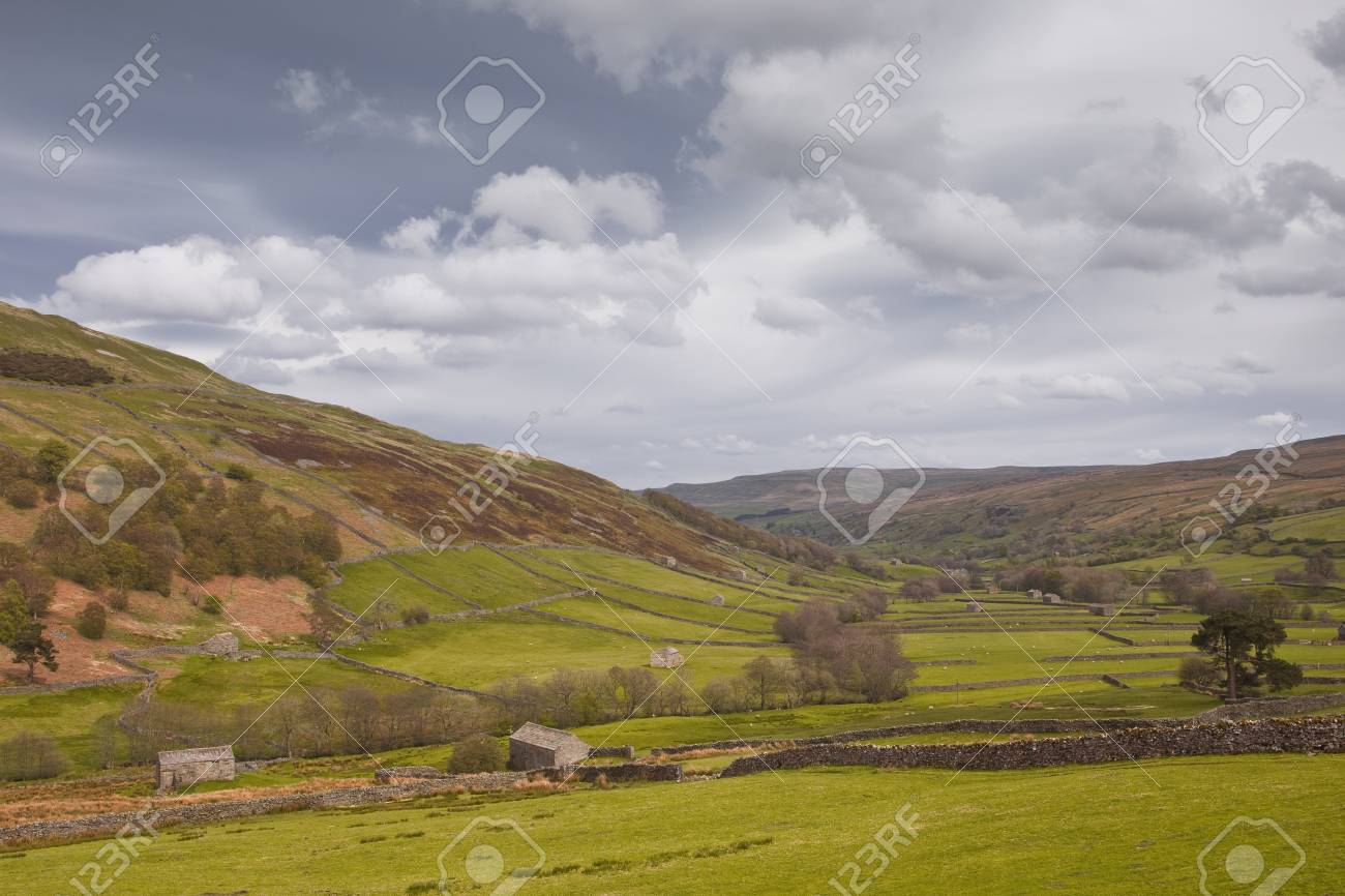 Swaledale in the Yorkshire Dales National Park Stock Photo - 14364333