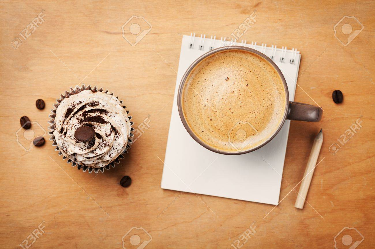 Coffee Mug And With CupcakeNotebook Table Pencil Rustic On NOynw8vm0