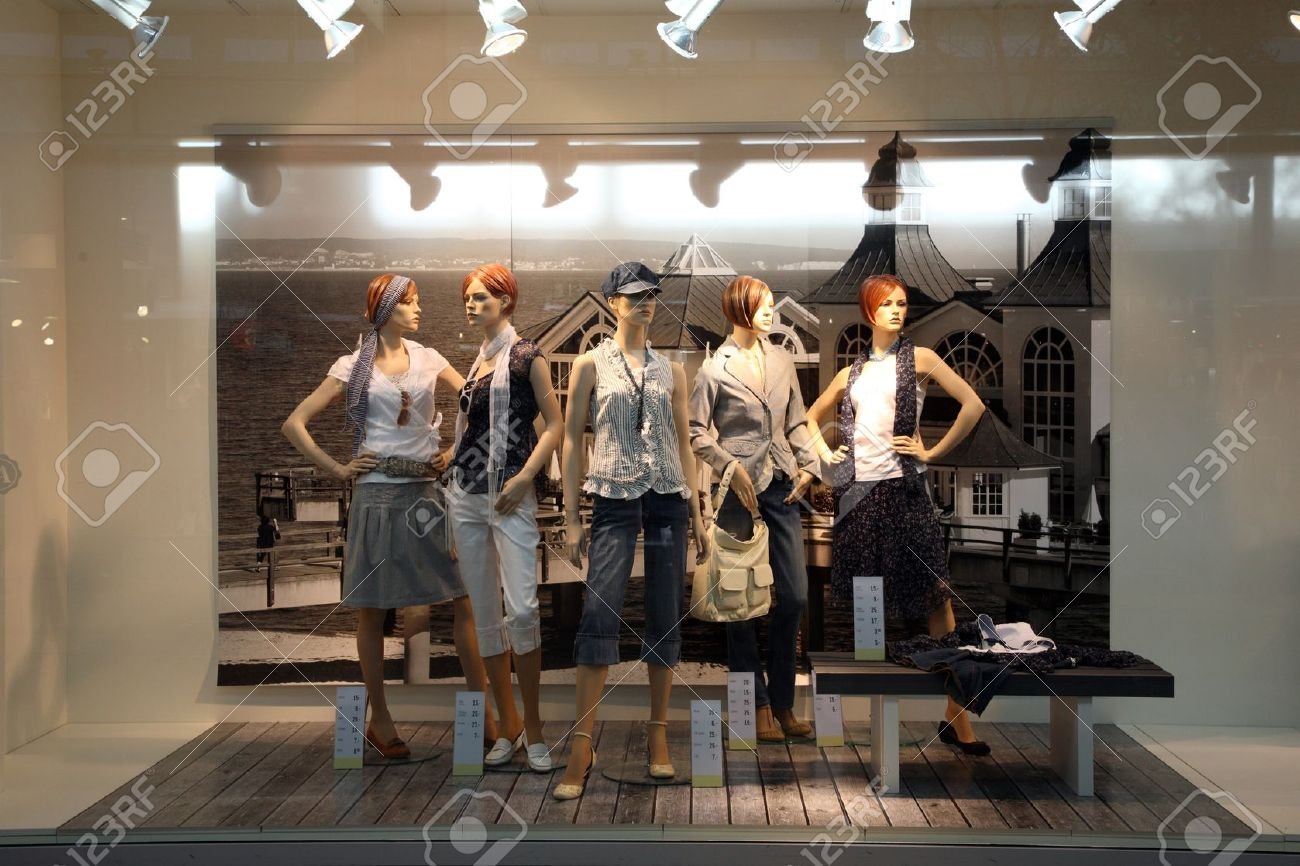 Home Interior : Modern White Interior Design Of Dress Shop Clothing Store Interior Design Ideas
