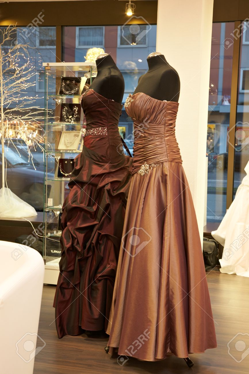 Mannequins In Wedding And Evening Gowns In The Bridal Shop Stock ...