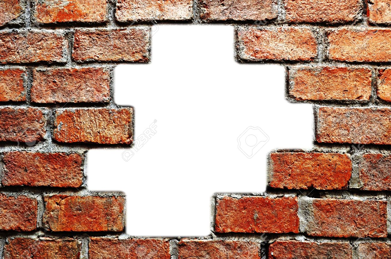 The hole in ancient brick wall Stock Photo - 10130949