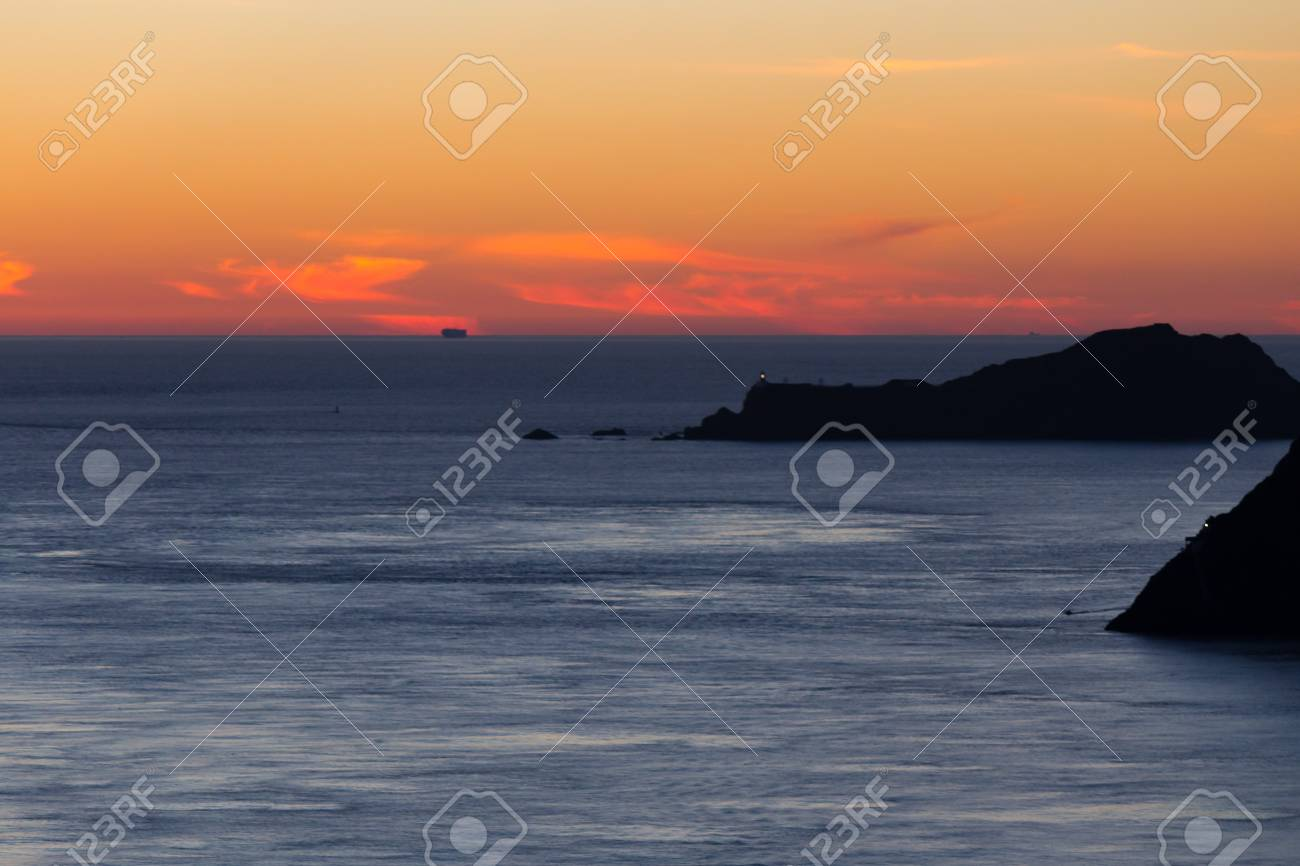 Sunset over the ocean Stock Photo - 17012531