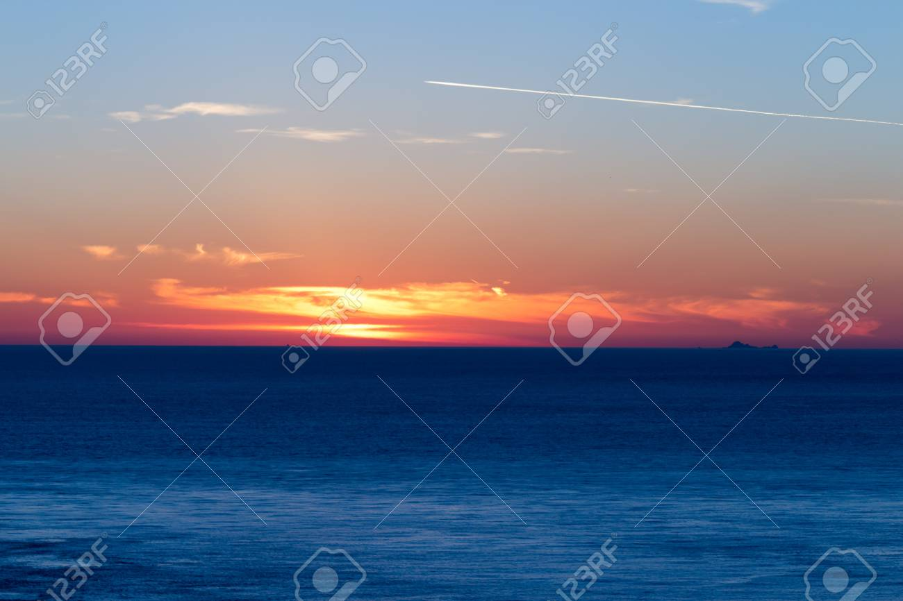 Sunset over the ocean Stock Photo - 17057666