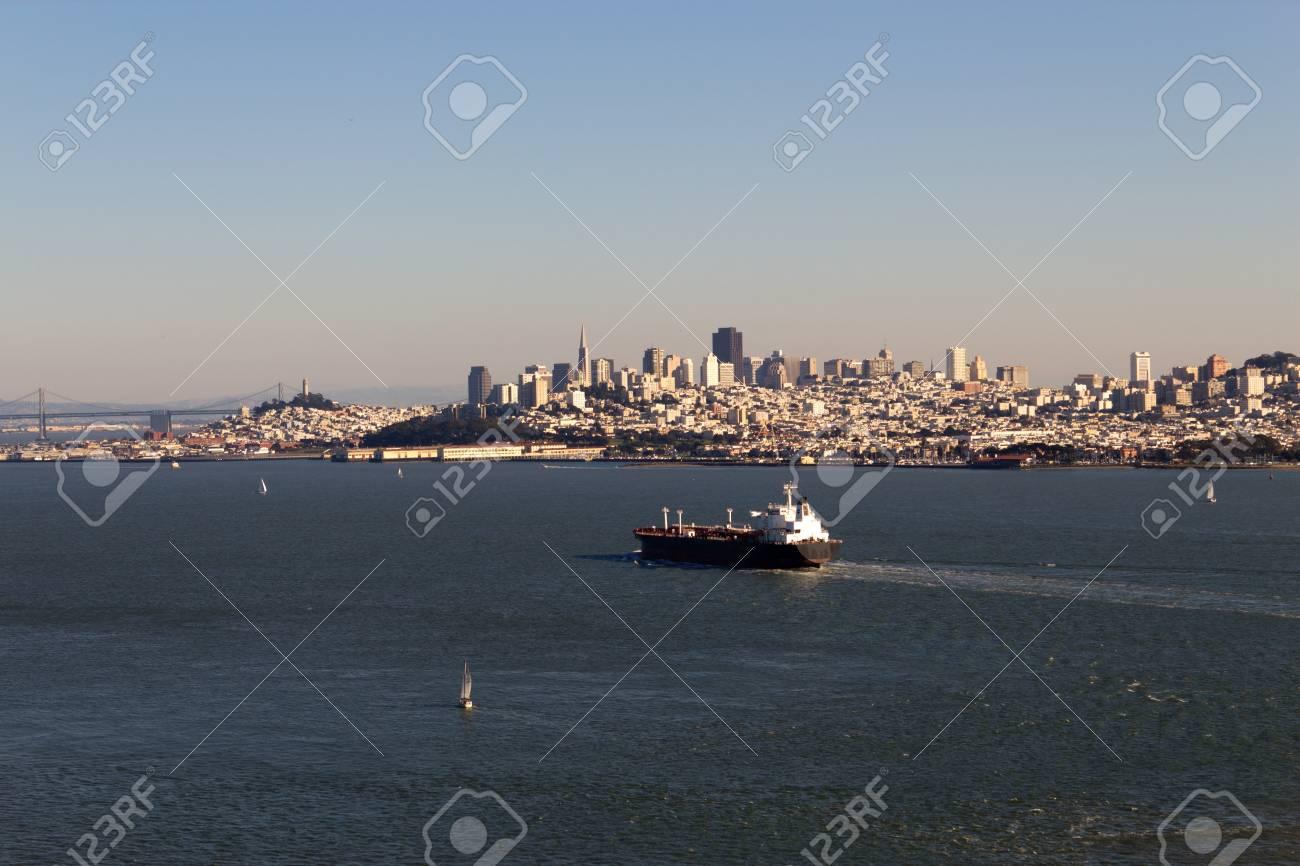 Cargo Ship in the San Francisco Bay Stock Photo - 17057720