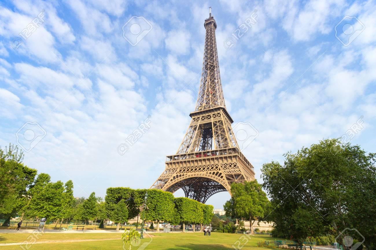 Eiffel tower in Paris - 41764062