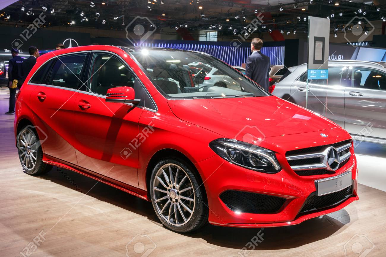 Brussels Jan 12 2016 Mercedes Benz B 160 On Display At The
